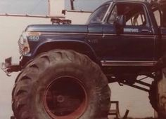 Possibly the first time BIGFOOT I wore 66 inch tires.