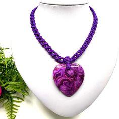 Lila makramé nyaklánc, szív alakú jáspis medállal | DombiAnita Ékszerek Pendant Necklace, Jewelry, Fashion, Moda, Jewlery, Bijoux, Fashion Styles, Schmuck, Fasion