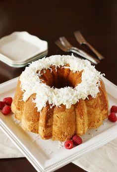 Coconut Pound Cake ~ moist, tender pound cake loaded with fabulous coconut flavor!   www.thekitchenismyplayground.com