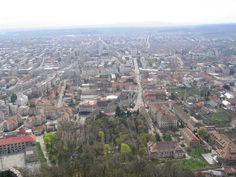 Orasul Deva, Romania. Places Ive Been, Places To Go, Paris Skyline, Adventure, Country, Destinations, Travel, Heart, Europe