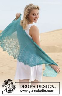 """French Riviera / DROPS - Free knitting patterns by DROPS Design - """"French Riviera"""" cloth by DROPS-Design – free instructions (as always in different languages) - Knitted Shawls, Crochet Scarves, Crochet Shawl, Knit Crochet, Crochet Summer, Drops Design, Shawl Patterns, Lace Patterns, Knitting Designs"""