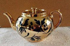Vintage Gibsons Staffordshire teapot Gold and Cobalt Blue VGVC England English #VintageTeapot #EnglishTeapot #GibsonsTeapot #goldteapot #cobaltblue