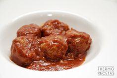Albóndigas en salsa de tomate picante