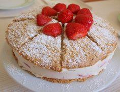Notburga konyhája: Epres mandulatorta/Mandeltorte mit Erdbeeren Tiramisu, Favorite Recipes, Sweets, Ethnic Recipes, Food, Strawberries, Gummi Candy, Candy, Goodies