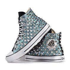 These are awesome Bedazzled Converse, Studded Converse, Cute Converse, Converse Logo, Outfits With Converse, Converse All Star, Converse Shoes, Cute Shoes, Me Too Shoes