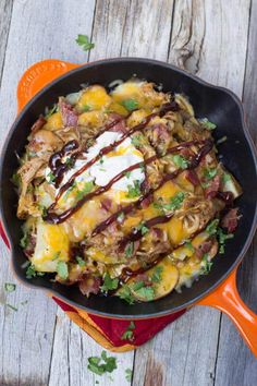 Nachos loaded with BBQ Pork, roasted potatoes, Bacon and cheeeeeese! Perfect for Memorial Day and upcoming Father's Day! Carne Asada, Grilling Recipes, Cooking Recipes, Vegetarian Grilling, Tailgating Recipes, Healthy Grilling, Skillet Recipes, Barbecue Recipes, Barbecue Sauce