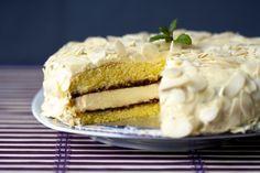 Vanilkovo-mandľová torta, ktorá zlepšuje náladu - Shiz.sk
