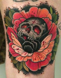 Skull tattoo by Annie Frenzel