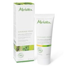 moisturizing ingredients of Jojoba and Carnuba Wax with a formultation of natural micro-exfoliants, this Facial scrub helps to gradually refine the skin. It erases skin imperfections, gently eliminates dead cells and excess sebum, clears the complexion and stimulates cell renewal. Exfoliating grans derived from bamboo and silica provide exfoliation, while pink corraline, a seeweed rich in calcium, helps to protect the skin.