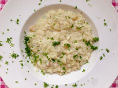 Risotto met Gorgonzola en peer   Dit recept met klassieke Italiaanse smaken vind je natuurlijk gewoon op onze website Alles Over Italiaans Eten