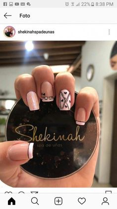 Here are gorgeous nail designs for valentine's day. From the traditional red to pink nail designs and many more. Cute Nails, Pretty Nails, Acrylic Nails, Gel Nails, Toenails, Fingernails Painted, Pink Nail Designs, Types Of Nails, Manicure And Pedicure