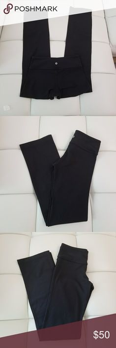 Lululemon Yoga Pants Flare  Black Minimal Wear  Took pictures of the crotch area and a tiny piling  Super soft  Great condition  Size small lululemon athletica Pants