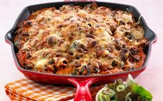 Pastaret med hytteost og spinat Pasta Recipes, Snack Recipes, Snacks, Lasagna, Italian Recipes, Macaroni And Cheese, Good Food, Food And Drink, Low Carb