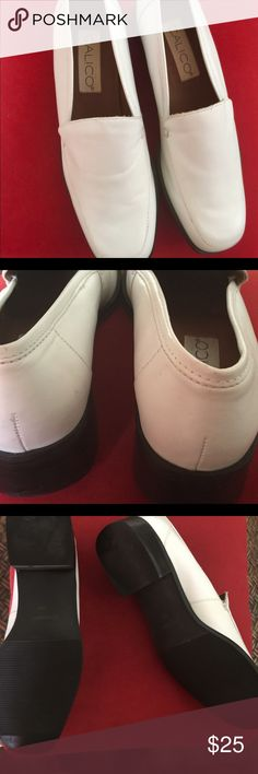 Leather Slip On Loafer🛍✨✨ ✨🛍✨White Leather square toe distinct stitching NWOT.Classic timless🛍✨🛍 Calico Shoes Flats & Loafers