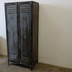 Metalen locker + industrieel + retro en vintage design meubels