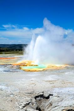 Fountain Paint Pots Trail in Yellowstone National Park | GI 365