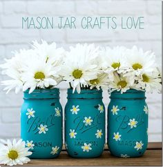 Best DIY Home Decor Crafts - Painted Daisy Mason Jar - Easy Craft Ideas To Make From Dollar Store Items - Cheap Wall Art, Easy Do It Yourself Gifts, Modern Wall Art On A Budget, Tabletop and Centerpiece Tutorials - Cool But Affordable Room and Home Decor With Step by Step Tutorials http://diyjoy.com/diy-home-decor-crafts