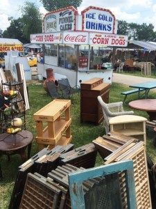 Search for unique and unexpected treasures at Canton's First Monday Trade Days market. Satisfy the foodie in you with diverse menus available. Canton Texas Trade Days, Canton Tx, Antique Show, Antique Stores, Canton Flea Market, Canton First Monday, San Angelo, Lone Star State, Bargain Shopping