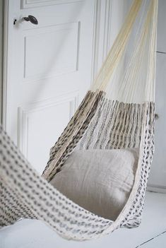 maybe my hammock could go in the above stairs/window entry area? posible? AND, have a ladder going up to it?