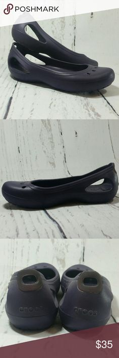 CROCS Purple Ballet Flat Hi Guys! I'm selling these Crocs flats! These flats are a size 7W and so so comfortable! They are in great condition little to no flaws! Cute cut out detailing and bottoms will have some grip when walking. I also have these exact shoes in my closet in brown! Truest color in last pic CROCS Shoes