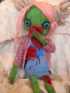 Zombie Doll- Beth the cutest zombie doll Die Zombiepuppe, in einer anderen Ausführung, für skurile Schmusestunden könnt ihr im #AGM #Magazin No 12 gewinnen .. Mehr Infos und weitere Verlosungen gibts im Heft www.agm-magazin.de/order/probeabo