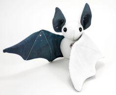 Stuffed Animal Bat Sewing Pattern Plush Toy Pattern par BeeZeeArt