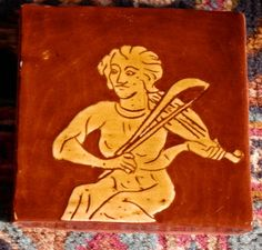 Viol player, from medieval manuscript (sgraffito tile by Tanglebank Tiles)