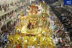 リオのカーニバルがゴージャス!南米サンバのまとめ