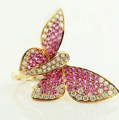 18K Gold Butterfly Ring with Diamonds and Pink Sapphires - 18K gold butterfly ring with diamonds and two-tone pink sapphires.