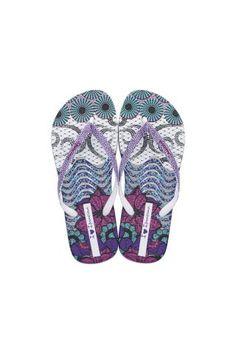 Ipanema / Different. Flip Flops, Sandals, Shoes, Women, Fashion, Rio De Janeiro, Moda, Shoes Sandals, Zapatos