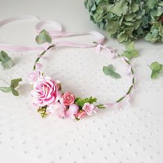 Beautiful baby pink flower crown. Flowers made of paper flowers, very light and neat. Suitable for any exciting event: birthday, photo shoot or just for a fun image! Due to the flexible design of wreath individually adapts to the shape of the head. Length of child flower crown is 40 cm