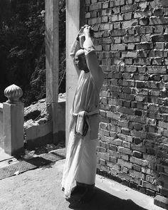 Peace comes from within. Do not seek it without. - Gautama Buddha   #throwback #sundayfunday #sunday #weekend #blackandwhitephotography #photography #photographer #iphone #travel #kualalumpur #malaysia #asia #batucaves #cave #wanderlust #tourist #naturephotography #malaysiatrulyasia #thaipusam #hindus #tamil #festival #indian #monk #temple #qotd #quote  #quotes #honeyhongtravels