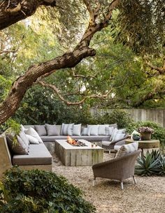 Outdoor Rooms, Outdoor Gardens, Outdoor Furniture Sets, Rustic Outdoor Spaces, Rustic Patio, Outdoor Patios, Outdoor Seating Areas, Outdoor Kitchens, Outdoor Fire Pit Table