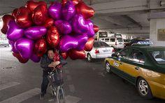 Google Image Result for http://i.telegraph.co.uk/multimedia/archive/02138/valentine-ballons_2138122b.jpg