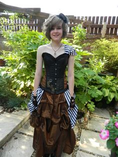 Steampunk Prom Dress #howto #tutorial