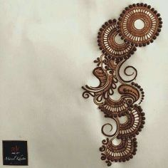 Simple henna design Indian Henna Designs, Henna Designs Easy, Mehndi Designs Hands, Mehandi Designs, Pretty Henna Designs, Heena Design, Henna Tattoo Designs, Tattoo Ideas, Mehndi Art