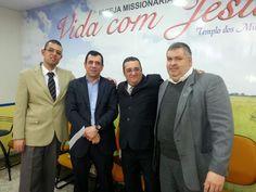 Meus amigos Pastor Alaevinton Santana (líder da IMVJ), Apóstolo Rogério Andrade (líder da Comunidade Ramá SP) e Pastor Edson (da IMVJ).