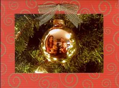 Great Christmas card of a family reflected in an ornament... and LOTS of other great card ideas!  :)