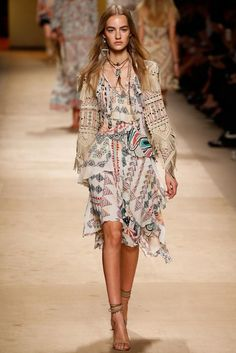 La mode hippie chic en 50 idées été-automne de style bohème
