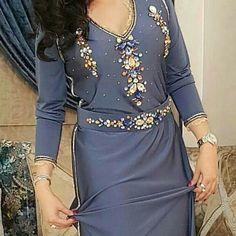 Designer Kurtis, Designer Dresses, Arabic Dress, Moroccan Caftan, Hijab Fashion, Party Wear, Evening Dresses, Womens Fashion, Outfits