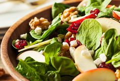 Foods good for your liver- spinach salad 🥗