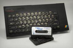 Sinclair ZX Spectrum+ microcomputer. O πρώτος μου υπολογιστής , συνδεόταν στην τηλεόραση και φόρτωνε από κασέτα τα προγράμματα , ατελείωτες ώρες εξερεύνησης ενός νέου τότε κόσμου.