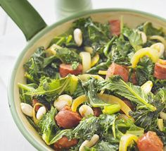 Chorizo wit buttered kale and roasted almonds