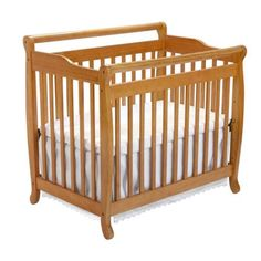 Emily Mini 2-in-1 Convertible Crib in Honey Oak DaVinci http://www.amazon.com/dp/B000BXSZB2/ref=cm_sw_r_pi_dp_gIt6tb0HQZ2YV
