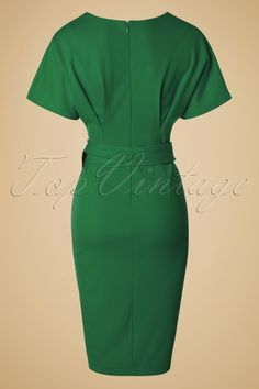 Vintage Chic for TopVintage Hannah Kimono Dress in Green - Vintage Chic Kimono Sleeve Green Dress 100 40 19645 20160330 Source by linacozmic - Classy Dress, Classy Outfits, Chic Outfits, Dress Outfits, Fashion Outfits, Chic Dress, Belted Shirt Dress, Kimono Dress, Dress Skirt