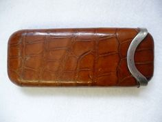 turned leather cigar case: