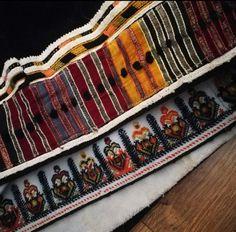 Greek Traditional Dress, Greek Costumes, Folk Embroidery, Folk Costume, Bulgarian, Folk Art, Bulgarian Language, Popular Art