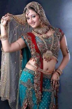 Get Rashmi Desai Hot Photos and Unseen Sexy Bikini Images Gallery Showing Saree Naval or Bra Cleavage in Saree Pictures or Latest HQ Pics or HD Wallpapers. Beautiful Girl Photo, Beautiful Girl Indian, Most Beautiful Indian Actress, Beautiful Saree, Beautiful Bollywood Actress, Beautiful Actresses, Beauty Full Girl, Beauty Women, South Indian Actress Hot
