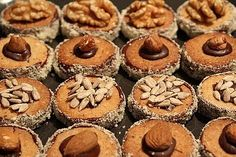 Grandma Kissinger's best cookies in the world - recipes Drop Cookies, Cupcake Cookies, Cupcakes, German Baking, Tasty Bakery, Christmas Cake Pops, Winter Desserts, Christmas Crackers, Easy Cookie Recipes