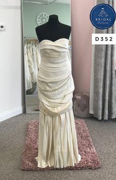 Vera Wang Bridal, Vera Wang Wedding, Fishtail, Silk Dress, Bridal Dresses, Tulle, Bride, Inspiration, Silk Gown